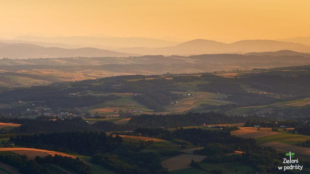 Zachód Słońca z wieży widokowej na Liwoczu