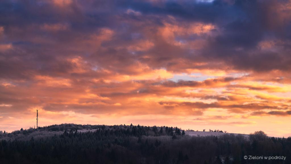Tokarnia o zachodzie słońca