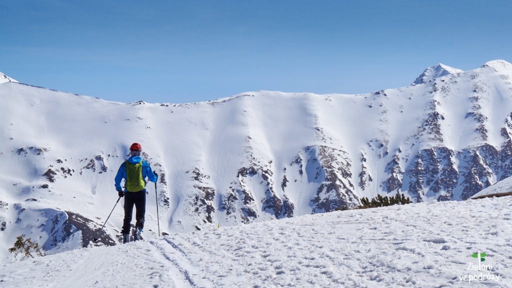 Wiosna w Tatrach, wygląda w wyższych partiach łudząco podobnie do zimy.
