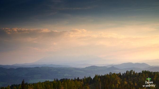 Niebo było niemal bezchmurne, ale akurat Tatry były słabo widoczne