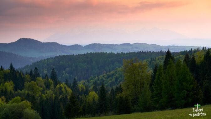 Tatry z okolic Przełęczy Gromadzkiej tuż po zachodzie