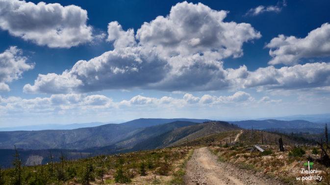 Widać dalszy przebieg naszej trasy na Baranią Górę