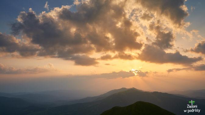 Zachód słońca oglądany z Połoniny Caryńskiej