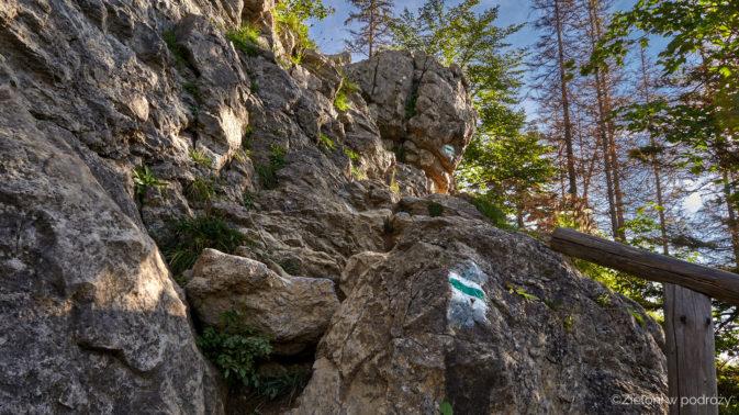Jeszcze trochę po takich kamieniach i wkróce bedzięmy na szczycie