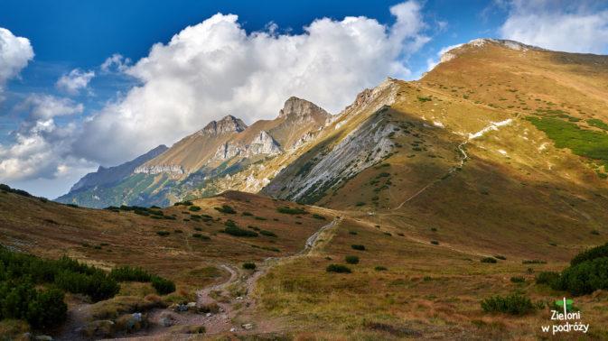 Chmury potrafią diametralnie zmienić wygląd krajobrazu