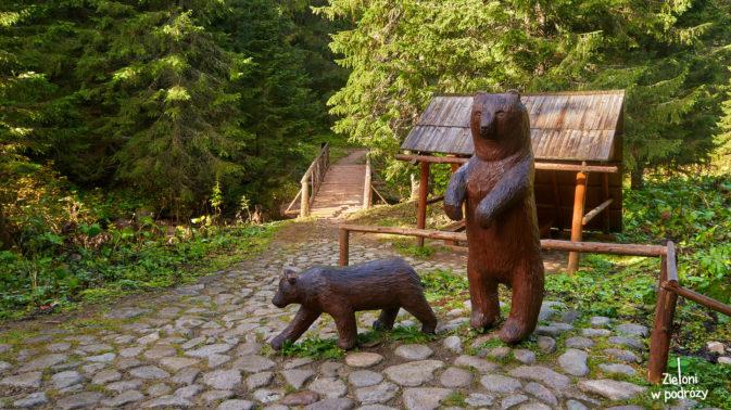 Wreszcie mam zdjęcie niedźwiedzi. Co prawda drewnianych, ale zawsze coś