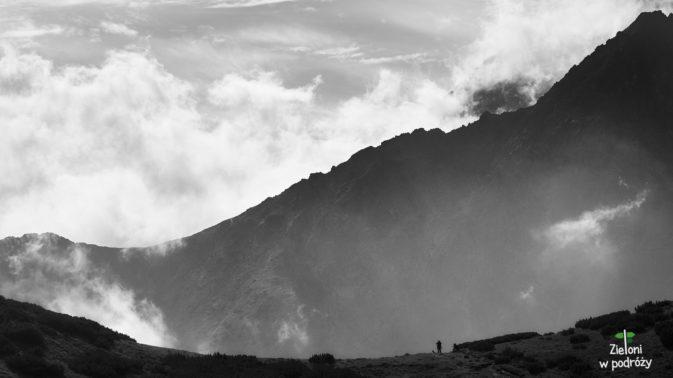 Z głową w chmurach w Tatrach Bielskich