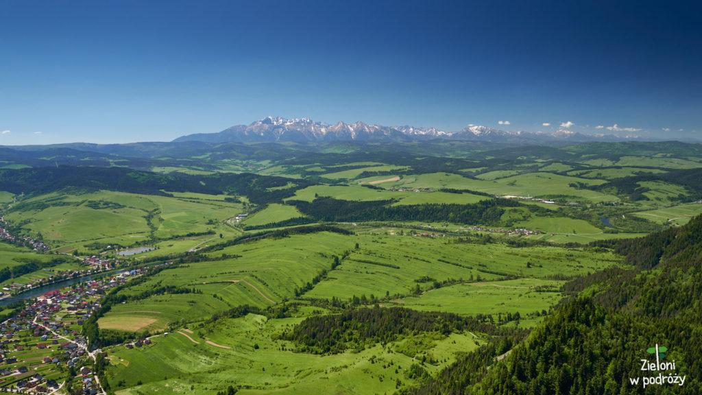 Tatry z Trzech Koron. Jak na wiosnę przystało - zielono
