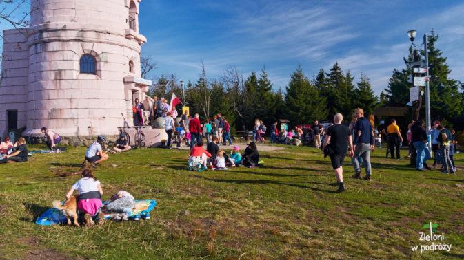 Atmosfera piknikowa, dlatego na wieży tłok