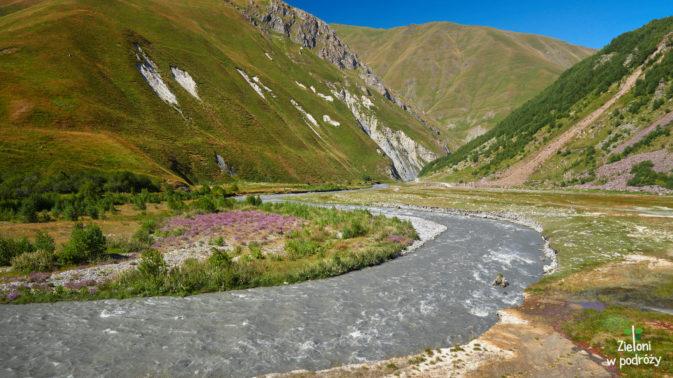 A to znów rzeka Terek i jej naprawdę urodziwe otoczenie