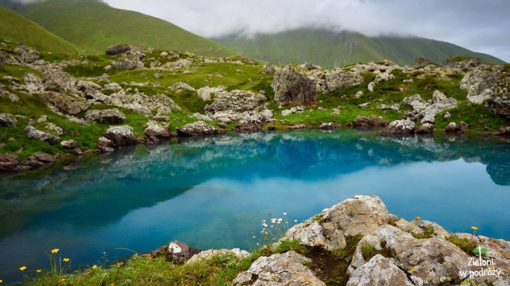 Niebieskie Jezioro Abudelauri