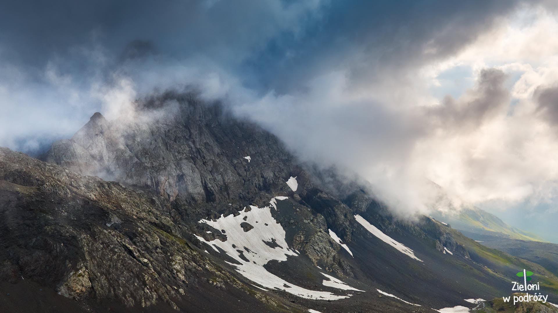 Taniec chmur to wyjątkowo ciekawy temat do fotografowania